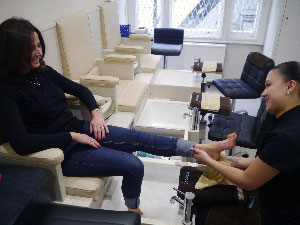 Pedicure-in-motion